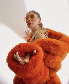 Fur Fashion, Womens Fashion, Fox Fur, Furs, Sexy Women, Winter Hats, Teddy Bear, Fur Coats, Marmalade