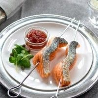 The key to a simple, healthy and flavoursome meal, Regal Salmon has a wealth of different fresh and smoked salmon recipes to suit any occasion, taste, or level of cooking expertise. Chutney Recipes, Chutneys, Rice Vinegar, Blue Cheese, Culinary Arts, Tahini, Salmon Recipes, Salad Dressing, Vinaigrette