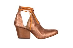 ankle boots, cut out detail - fiorifrancesi