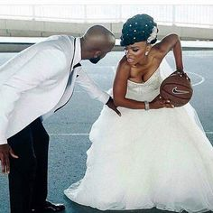 59 Ideas basket ball couples pictures wedding photos for 2019 Prom Pictures Couples, Homecoming Pictures, Engagement Pictures, Basketball Wedding, Love And Basketball, Basketball Couples, Basketball Engagement Photos, Basketball Shot, Sports Couples