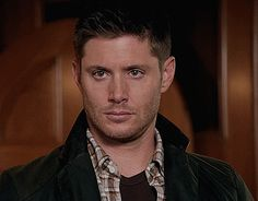 Find images and videos about perfection, supernatural and Jensen Ackles on We Heart It - the app to get lost in what you love. Jensen Ackles, Jared And Jensen, Supernatural Season 10, Supernatural Jensen, Smallville, Dean Gif, Winchester Boys, Destiel, Green Eyes