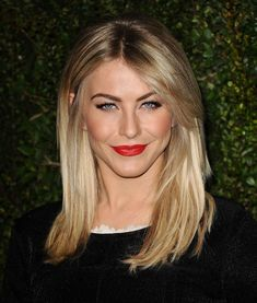 Julianne Hough wore a bold brow and red lip