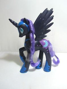 My Little Pony Friendship is Magic 2.5 Inch PVC Figure Nightmare Moon