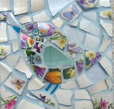 Ceramic Bird Card - Sweet Little Bird Card - Blank Greeting Card - Mosaic Art - Pale Blue Floral Card - Floral Turquoise - Shabby Chic Card Mosaic Birdbath, Mosaic Garden Art, Mosaic Tile Art, Mosaic Flower Pots, Mosaic Birds, Mosaic Diy, Ceramic Birds, Mosaic Crafts, Mosaic Glass