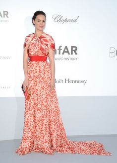 Berenice Bejo, Giambattista Valli, Cannes 2012. I appreciate the fun in this look.