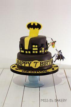 batman birthday cake by missbsbakery.com