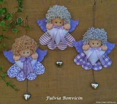 Patrón de pequeños ángeles con textiles de San Valentín