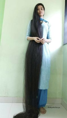 Long Layered Hair, Long Hair Cuts, Long Hair Styles, Really Long Hair, Super Long Hair, Indian Hairstyles, Down Hairstyles, Long Locks, Beautiful Long Hair