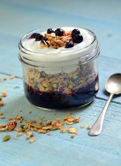 I love making mason jar breakfast parfaits on the weekend and having them ready to go for the beginning of the week.