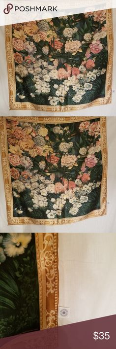 Vintage SMITHSONIAN INSTITUTION Silk Scarf 1990 VINTAGE SILK SCARF 30 x 30. 1990 ROSE GARDEN SMITHSONIAN INSTITUTION Accessories Scarves & Wraps