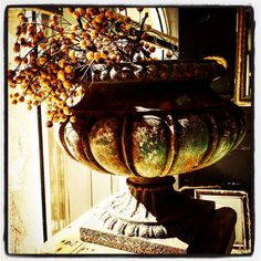 Newarrival#details#pairofironcasturns#depuistoujours#instadeco#garden#antiquit#decoration#interiordesign#instadeco#gardenfurniture#isle#provence#southoffrance by benedicte_depuistoujours_