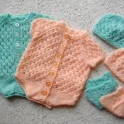 Knitting: 12. Newborn Button Up Eyelet Vest