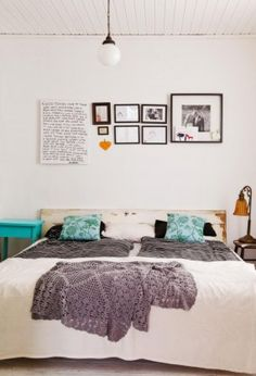Gray, white and teal.  Love a low bed