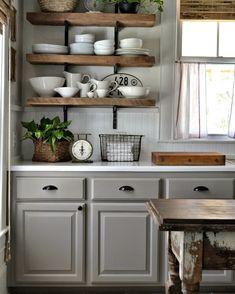 005 - Mima tu cocina con baldas y estantes al aire