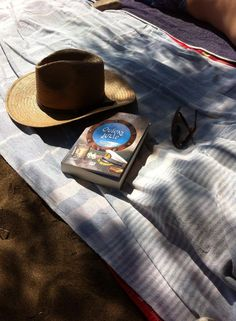 #psichogiosbooks. Cowboy Hats, Fashion, Moda, Fashion Styles, Fashion Illustrations