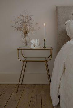 Room Ideas Bedroom, Home Decor Bedroom, Zen Home Decor, Minimalist Room, Cute Room Decor, Home Room Design, Apartment Interior, New Room, Decoration
