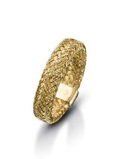 Anel em ouro amarelo 18k. Joias Vivara. Coleção Silky.
