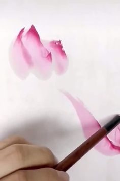Lotus Painting, Watercolor Painting Techniques, Watercolour Tutorials, Painting Lessons, Watercolor Paintings, Chinese Brush, Chinese Art, Watercolor Sketch, Watercolor Flowers