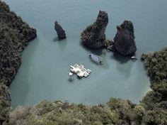 Floating Cinema (Thai)