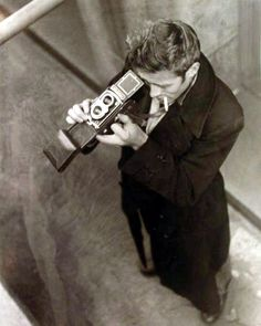 James Dean with camera. Hot men with cameras seems to be one of my Pinterest themes ;)