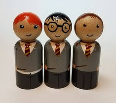 These adorable peg dolls would make the perfect gift for any Harry Potter fan. This peg doll set would make a unique gift or a child or a friend. Our peg dolls are ideal play figures, but would also look great displayed on a mantel, windowsill, table, or in a nursery. They also make