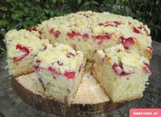 Ciasto maślankowe z truskawkami i kruszonką-szybkie, pulchne i pyszne :) - Swiatciast.pl Homemade Cakes, No Bake Cake, Cornbread, Vanilla Cake, Smoothies, Cooking Recipes, Cooking Ideas, Sweet Treats, Cheesecake