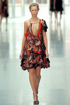 Spring 2005 Ready-to-Wear  Preen by Thornton Bregazzi  Model  Tiiu Kuik