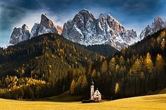Church of St. Johann – Ranui, Italy - 20 of the world's most remote homes, structures, and towns Machu Picchu, Italy Vacation, Italy Travel, Places Around The World, Around The Worlds, Chutes Victoria, Living In Italy, Northern Italy, Places To See