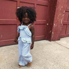 Good weekend with this beauty ❤ Bonne fin de semaine avec cette beaute ❤ Black Baby Girls, Cute Black Babies, Beautiful Black Babies, Brown Babies, Beautiful Children, Cute Babies, Beautiful Gorgeous, Chocolate Babies, Kid Swag