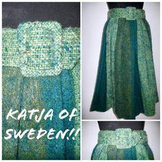 """57 gilla-markeringar, 13 kommentarer - Vintagebutiken Vara (@vintagebutiken) på Instagram: """"Från min privata samling vintagekläder!! 💫 Vacker kjol i ull från svenska modedesignern Katja of…"""""""