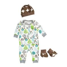 This could be baby's coming home outfit, although, too warm for August??