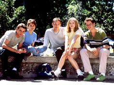 Scream - Behind the scenes photo of Rose McGowan, Matthew Lillard, Neve Campbell, Skeet Ulrich & Jamie Kennedy Scream Cast, Scream 1, Scream Movie, Scream Series, Teen Movies, Scary Movies, Good Movies, Movie Tv, Scary Movie Quotes