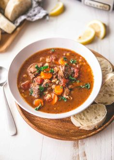 Cajun Delicacies Is A Lot More Than Just Yet Another Food Slow Cooker Beef And Barley Soup Is Loaded With Vegetables, Fragrant Herbs, And Hearty Barley. Best Soup Recipes, Beef Recipes, Cooking Recipes, Potluck Recipes, Healthy Recipes, Dessert Simple, Slow Cook Soup, Chicken Enchilada Soup, Barley Soup