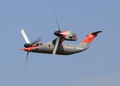 Se amate volare, andateci, se vorreste volare, andateci, e andateci anche se avete paura di volare:scoprirete 100 anni di areonautica militare, ed altrettanti di industria italiana d'eccellenza!