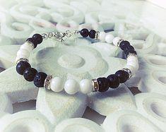 Bracelet LADY noir, strass, blanc, argent, perle, femme, cadeau, maman, offrir, perles, pierre de volcan, fait avec amour
