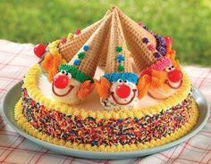 15 Creative Birthday Cakes for Kids - Momtastic - Kindergeburtstag/Kids Birthday - Kuchen Cookies And Cream Cake, Cake Cookies, Cupcake Cakes, Smash Cakes, Creative Birthday Cakes, Creative Cakes, Creative Kids, Carnival Birthday, Birthday Parties
