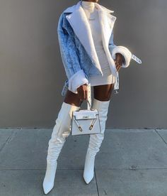 Shared by Xhoi. Find images and videos about fashion, outfits and ootd on We Heart It - the app to get lost in what you love. Black Girl Fashion, Look Fashion, 90s Fashion, Winter Fashion, Fashion Outfits, Chubby Fashion, Celebrities Fashion, Fashion Hats, Retro Fashion