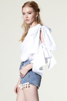 Angelay Double Ribbon Blouse Discover the latest fashion trends online at storets.com #storets online shop  #storets on me  #storets shop online