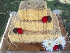 Hay Bale Cake. This could be super cute and I can totally make this. Now just need a yummy cake recipe. Pina colada? Hummingbird? Coconut Cream?