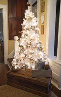 Albero di Natale bianco vintage