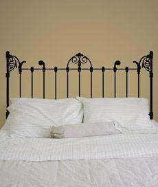 cabeceira marselha. adesivo de parede: cabeceira de cama. Criado por Sérgio Carvalho.