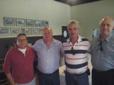Carlinhos, Clodoaldo e Guilherme. — em São Manuel.