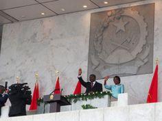 O Presidente angolano, João Lourenço, exonerou 19 chefias militares, oficiais generais nomeados anteriormente, para vários postos, incluindo na Casa de Segurança da Presidência, pelo então chefe de Estado, José Eduardo dos Santos.