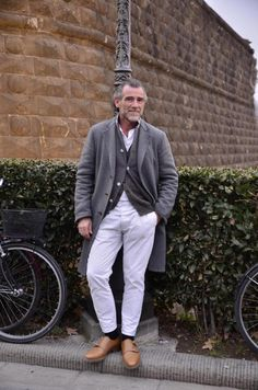 BEAMS SNAPの画像 | ELEMENTS OF STYLE Fashion For Men Over 50, Old Man Fashion, Mature Fashion, Urban Fashion, Winter Fashion, Mens Fashion, Dope Outfits, Urban Outfits, Style Casual