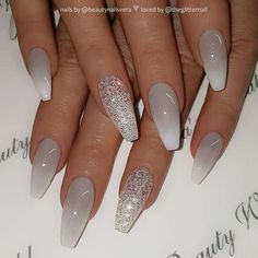 Grey to white ombre and glitter on coffin nails nail artist beautynailsvera her for more gorgeous nail art designs! Grey Acrylic Nails, Gray Nails, Glitter Ombre Nails, Black Ombre Nails, Matte White Nails, Coffin Nails Ombre, White Coffin Nails, White Nail Art, Grey Nail Designs