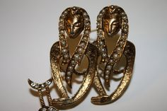 Brooch Costume Jewelry 1960's by BriarFireGoods on Etsy, $21.00