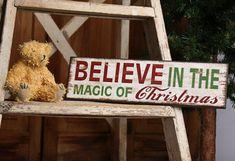 christmas wood craft | ... Christmas' Wooden Sign - Holiday Table & Shelf Decoration - Christmas