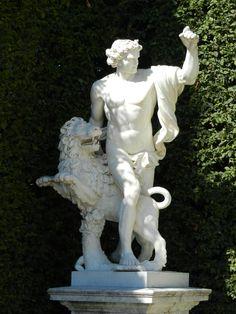 Statue at Versailles.  Photo by DIan McKinnon