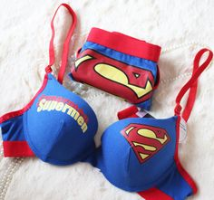Superman bra and panty set    - i want this please