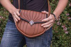 Small Olivia Handbag in Saddle http://oberondesign.com/oberon-accessories/handbags/leather-handbag-olivia.html